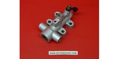 Répartiteur liquide de frein quad Gasgas 89100-2714G