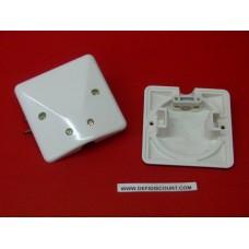 Plaque sortie de câble 10/16A avec vis et griffes Legrand